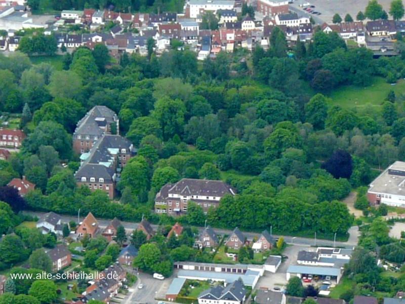 Luftaufnahme der Häuser 15, 16 und 17 im Juni 2012