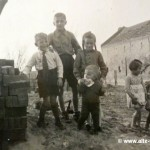 In Vehlefanz, Febr.-April 1945. Rechts R.Gericke