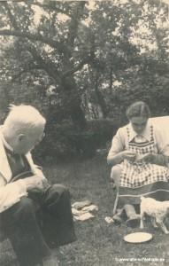 Mühlenbesitzer Wilhelm Berg beim Picknick.