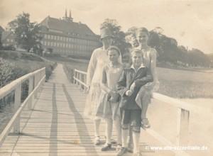 Strandweg mit Brücke über die Otternkuhle - Sommer 1930