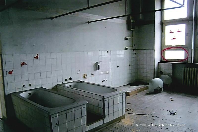 Bild 14 - Waschraum F.4